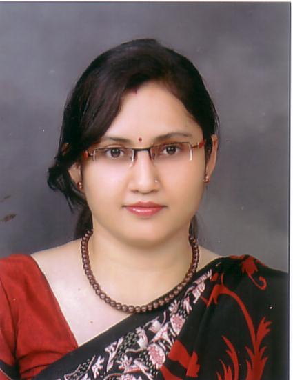 Dr (Smt) Kirti Solanki